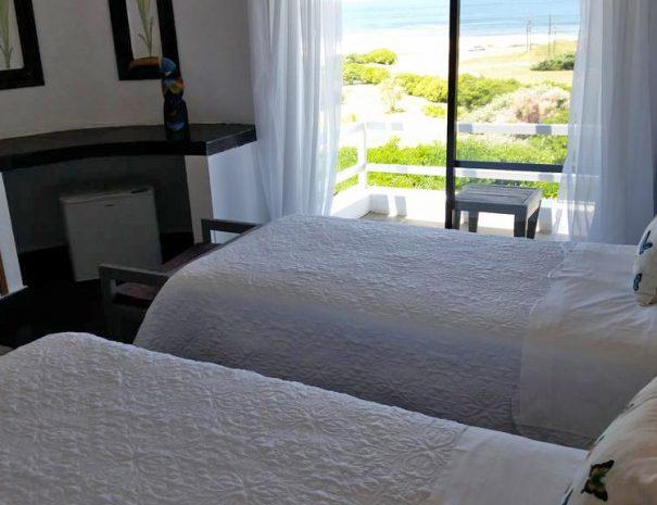 Ocean and Balcony Twin - Habitación C